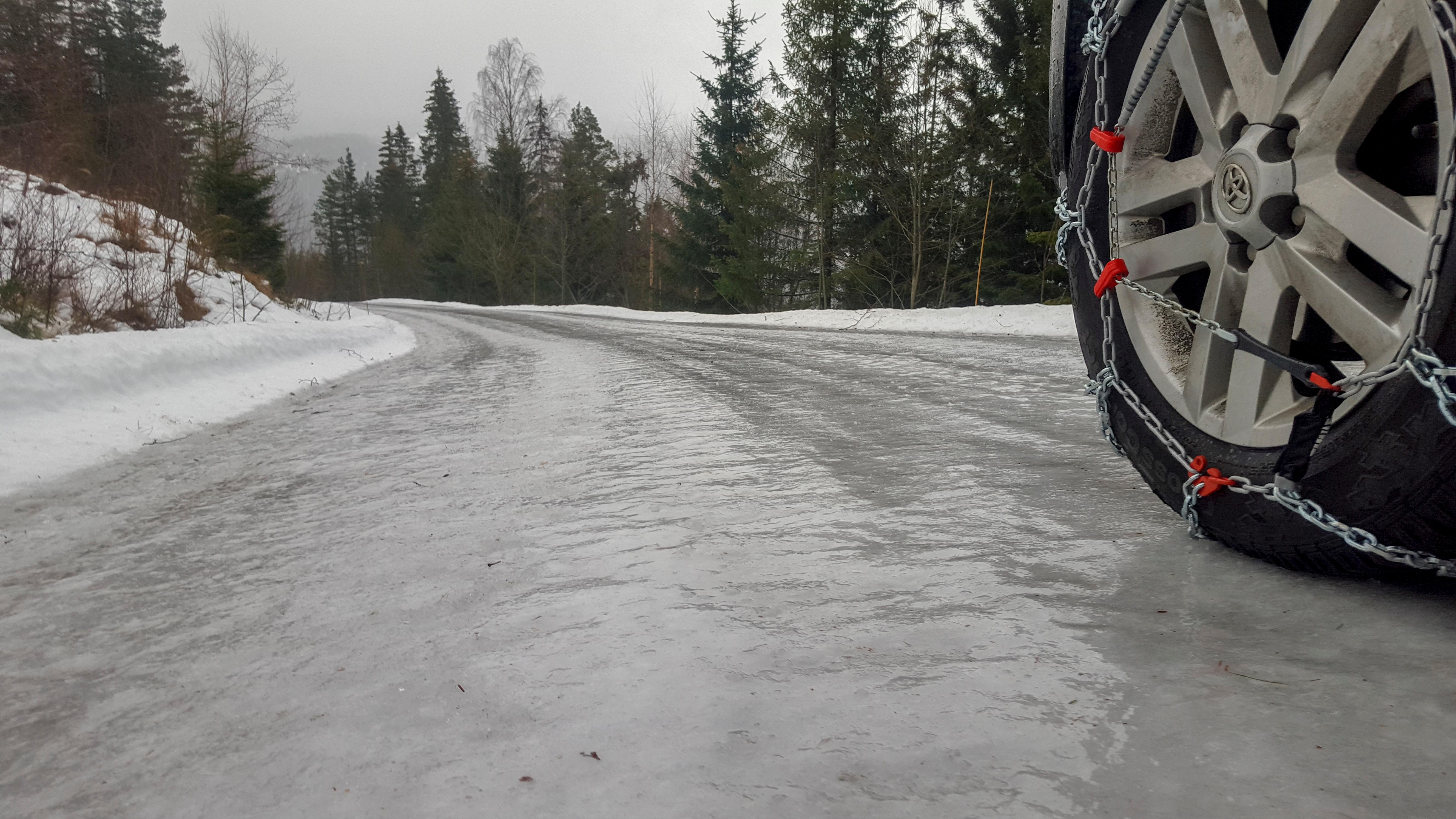 Cambio gomme invernali: il cambio pneumatici è indispensabile!!