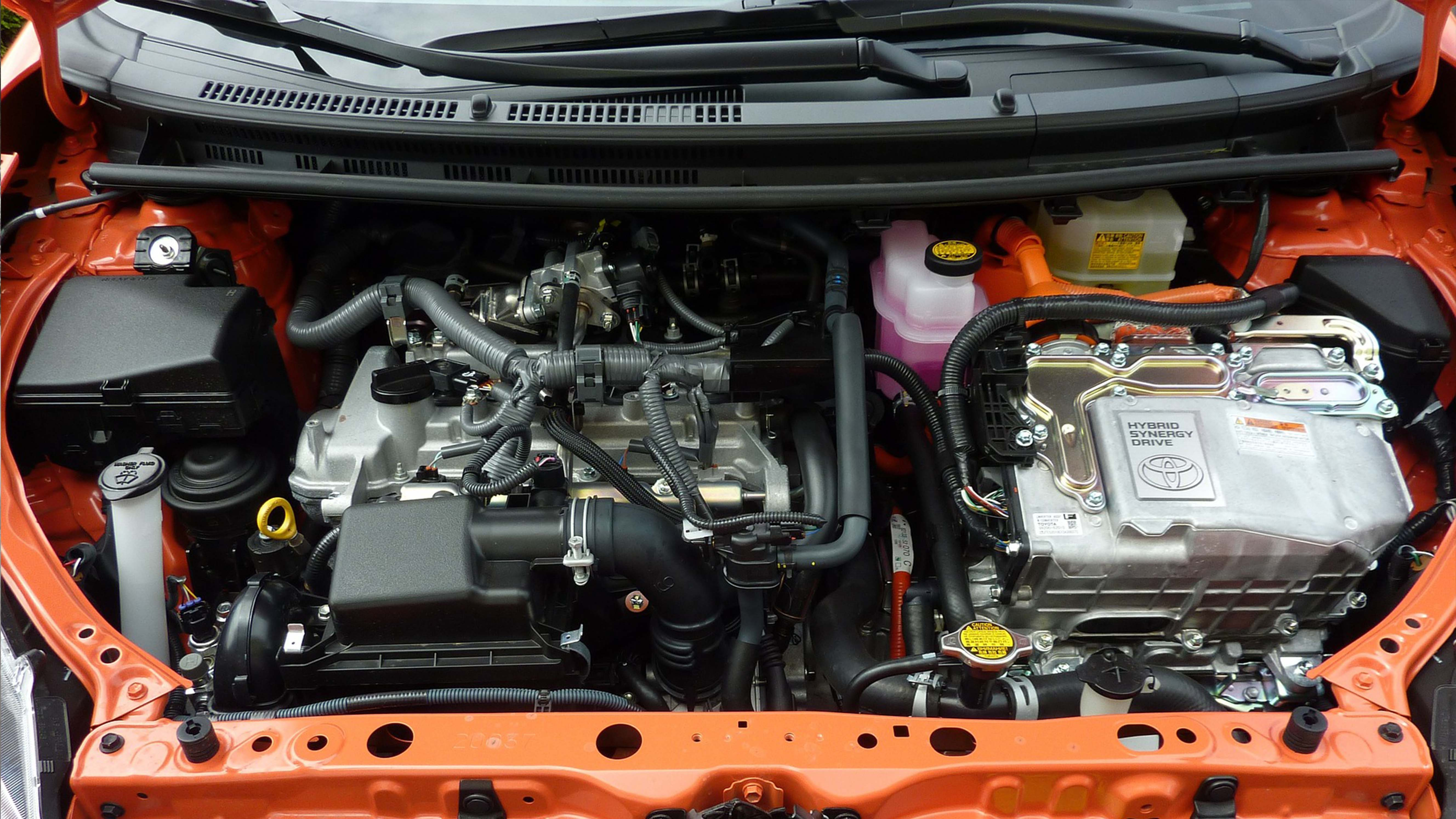 Officina Gagliasso per i clienti: batteria auto scarica? Ghiamateci!