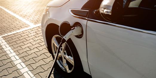 L'officina per la tua auto ibrida o elettrica.