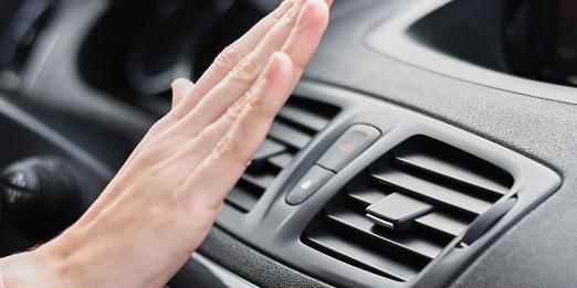 Mantieni l'impianto di climatizzazione della tua auto attivo e pronto per la bella stagione!